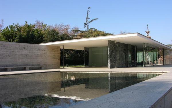 Pabell n mies van der rohe gu a de barcelona for Casa minimalista de mies van der rohe